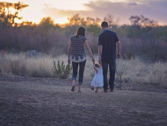 Nowy TREND w rodzicielstwie – zaskakujące wyniki badań!